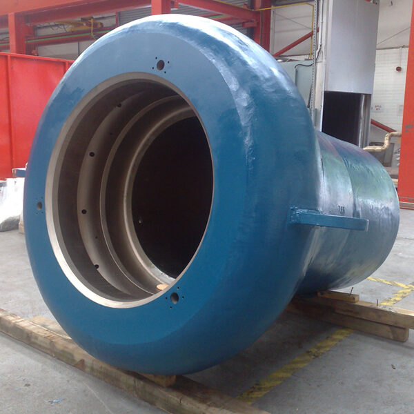 Pressure vessel testing subsea electrical connectors