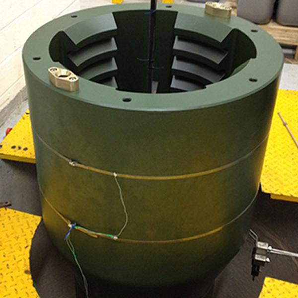 Pressure vessel for testing wellbore drilling tools